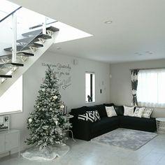itsumiiiさんの、部屋全体,IKEA,ウォールステッカー,Francfranc,シンプルモダン,クリスマスツリー,MONOTONE,ホテルライク,mon・o・tone,H&M HOME,モノトーン好き,子どもと暮らす,モノトーンライフ,ホテルライクな暮らし,のお部屋写真