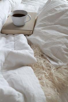 Guten Morgen Kaffee im Bett