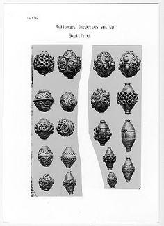 Silver beads, Uppland. Medieval. Historiska museet
