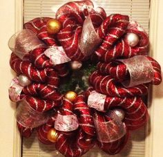 Frugal DIY: Make a Mesh Wreath for Only $15 - MoneySavingQueen - December 2012