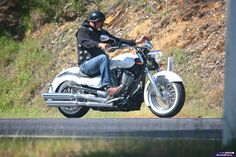 Victory Boardwalk: http://motorbikewriter.com/2014-victory-boardwalk-motorcycle-review/