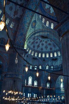 Sultan Ahmed Mosque (Blue Mosque) in Istanbul, Turkey. - Sultan Ahmed Mosque (Blue Mosque) in Istanbul, Turkey. Sultan Ahmed Mosque (Blue Mosque) in Istan - Art Et Architecture, Islamic Architecture, Beautiful Architecture, Architecture Background, Architecture Wallpaper, Beautiful Mosques, Beautiful Places, Amazing Places, Dubai Design Week