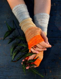 Colorblock Hand Warmers pattern by Whitney Van Nes (knitting, gloves, fingerless, the purl bee)