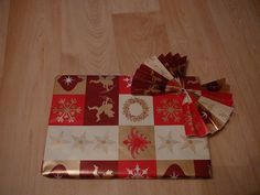 Wraps, Gift Wrapping, Gifts, Gifs, Packaging, Gift Wrapping Paper, Presents, Wrapping Gifts, Favors