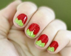 Strawberry nail art for short nails | AmazingNailArt.org