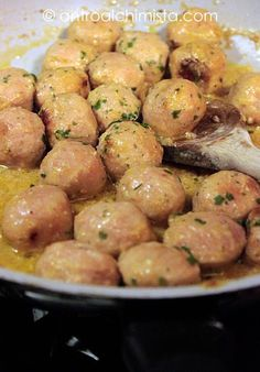 Meatballs with Lemon-Polpette al Limone Meatballs with Lemo.- Meatballs with Lemon-Polpette al Limone Meatballs with Lemon - - Lunch Recipes, Meat Recipes, Wine Recipes, Chicken Recipes, Cooking Recipes, Healthy Recipes, Vegetarian Lunch, Light Recipes, Soul Food
