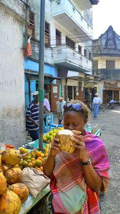 The streets of Dar Es salaam - Tanzania