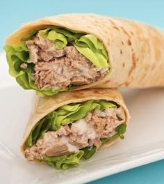 Trouble thinking of lunch ideas? Try this wrap for a perfect balance of  complex carbs, protein and healthy fats! Click here for the Skinny Avocado Tuna Wrap Recipe!