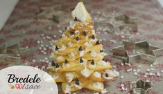 Des sablés de Noël en forme de Sapin 3D, la recette et la technique pas à pas pour réaliser un magnifique Sapin de Noël en biscuits. Épatez vos invités !