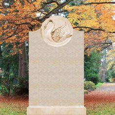 Stilvolles Grabmal mit Relief Schwan »Cassandra« • Qualität & Service direkt vom Bildhauer • Jetzt Grabstein online kaufen bei ▷ Serafinum.de