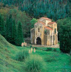San Miguel de Lillo, Prerrománico asturiano, Oviedo, Asturias