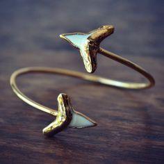 LUX Divine Shark Tooth Wrap Gemstone Bracelet /// Gold - Lux Divine