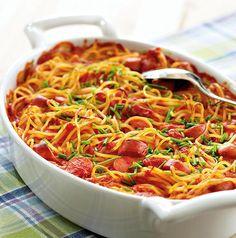 Makkara-spagettivuoka