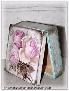 decoupage pudełko, caja, box Shabby Chic Boxes, Shabby Chic Crafts, Decoupage Box, Decoupage Vintage, Crafts To Make And Sell, Diy And Crafts, Recycled Decor, Altered Cigar Boxes, Pretty Box