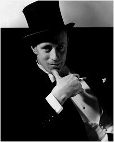 Edward STEICHEN :: English stage and film actor, director, and producer Leslie Howard, 1932