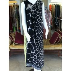 black and white printed pleated front motif with yellow printed back,very elegent shirt  free style - Look Trendy