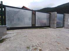 Brány ploty prístrešky kovovýroba zámočnícka výroba Púchov Garage Doors, Outdoor Decor, Carriage Doors