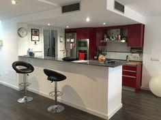 cocina-moderna-abierta-salon-barra-americana-mallorca (foto) (1)