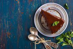 Σοκολατόπιτα με γκανάζ σοκολάτας | ION Sweets