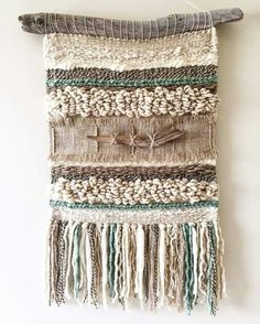Tissage // Weaving Weaving Textiles, Weaving Art, Tapestry Weaving, Loom Weaving, Hand Weaving, Weaving Wall Hanging, Wall Hangings, Peg Loom, Bohemian Tapestry