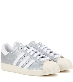 Buy it now. Superstar 80s Embossed Leather Sneakers. Superstar 80s Silver Embossed Leather Sneakers By Adidas Originals , deportivas, sport, deporte, deportivo, fitness, deportivos, deportiva, deporte, courtvantage, stansmith, superstar, tubularviral, zx700, sueladentada, furylite, matrix, zxflux, mood, missstan, trainers, sporty, plimsoll. Silver Adidas originals  basic sneakers  for woman.