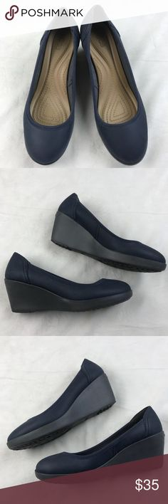 NWOB CROCS Women's Wedge Slip On Navy Blue Shoes NWOB CROCS Women's Wedge Slip On Navy Blue Shoes CROCS Shoes Wedges