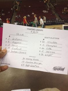 via  @ JaydaEvans:  Late but, @ theonlinewire, here are starters for Tina Thompson's final reg-season gm of 17yr #wnba career... pic.twitter.com/ibq8J8sfbY