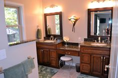 Double Sink (Master Bath) + Vanity Area. Love the setup.