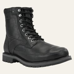 These men's boots from Timberland feature a unique vintage-look stitched design and the complete protection of waterproof boots.