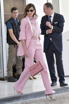 Nieves Alvarez In Ermanno Scervino – Out In Cannes Red Carpet Fashion, Pink Fashion, Love Fashion, Fashion Outfits, Womens Fashion, Pink Outfits, Classy Outfits, Trendy Outfits, Neon Light