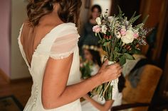 Una boda de cine   Querida Valentina Wedding Bride, Wedding Dresses, Forever Love, Wedding Pictures, Wedding Inspiration, Wedding Ideas, Perfect Wedding, One Shoulder Wedding Dress, Bouquet