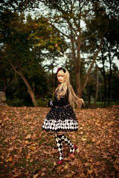 •○~ Gothic lolita fashion, ゴスロリ ♥ Alice and the Pirates - dress - knee socks - harlequin print - long hair - wig - headdress - rose - flower - nature - autumn leaves - coordinate - cute - kawaii - Japanese street fashion✮ ~•○