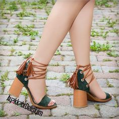 Fashion and Lifestyle Buy Shoes, Nike Shoes, Foot Stretches, High Heels, Shoes Heels, Shoe Art, Baskets, Ankle Straps, Fashion Shoes