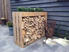 Nice way to keep fire wood tidy, maybe even help to create a little privacy if placed right