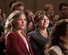 Still of Camryn Manheim and Julia Stiles in The Makeover (2013)