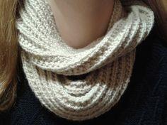 ronde sjaal in valse patentsteek