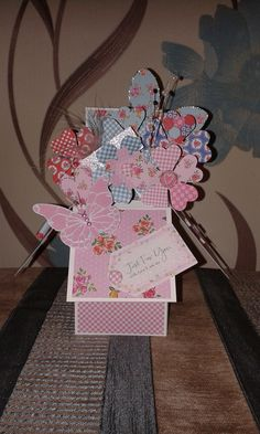 pop up flower box using Craftwork Cards kitsch papers