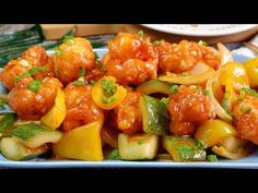 SO EASY U can make in under 30 mins! Sweet & Sour Prawns 酸甜虾球 Delicious Chinese Shrimp Recipe - YouTube Chinese Shrimp Recipes, Calamari Recipes, Fish Recipes, Asian Recipes, Ethnic Recipes, Sweet And Sour Fish Recipe, Sweet And Sour Prawns, Prawn Shrimp, Asian Cooking