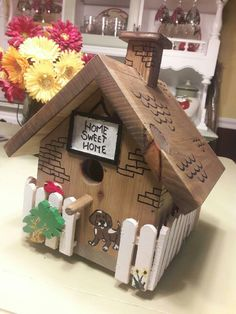 Van made this birdhouse 09/2017!!!