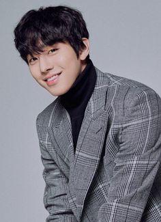 Ahn Jae Hyun, Joo Hyuk, Korean Star, Korean Men, Asian Actors, Korean Actors, F4 Boys Over Flowers, Ahn Hyo Seop, Romantic Doctor