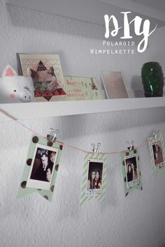 DIY Polaroid Wimpelkette KuneCoco DIY Polaroid Foto-Wimpelkette The post DIY Polaroid Wimpelkette appeared first on Fotowand ideen. Polaroid Foto, Mini Polaroid, Polaroid Pictures, Polaroid Ideas, Polaroids, Instant Print Camera, Instax Camera, Arts And Crafts, Diy Crafts