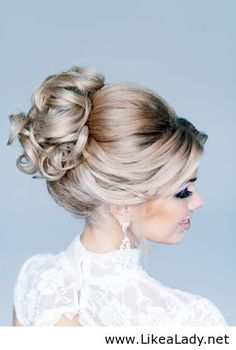 Just gorgeous ♥ Wedding-hair-and-makeup.jpg 300×446 pixels