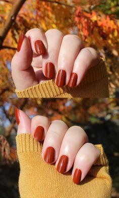 Burnt orange is one of my favourite colours to wear during autumn. Orange Nail Polish, Orange Nails, My Favorite Color, My Favorite Things, China Glaze, Burnt Orange, Essie, Burns, Swatch