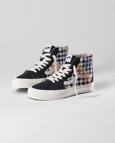 Vans Vans Slip On, Rubber Shoes, Bmx, Skateboard, The Help, High Top Sneakers, Skateboarding, Vans Slippers, Skate Board