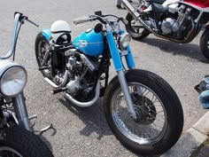 Light blue shovelhead swingarm custom