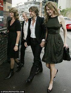 Marienne, Bob, Keith and Nicole. I love this pic.
