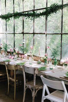 romantic greenhouse wedding inspiration | matrimonio botanico in serra