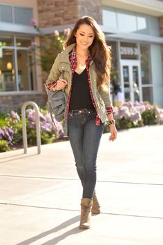 Exquisitely pretty dark-haired hapa model Jessica Ricks in a casual, cool-weather outfit.