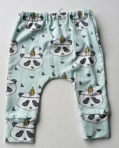 Baby Harem or legging pants boy girl baby toddler by DaphneVos