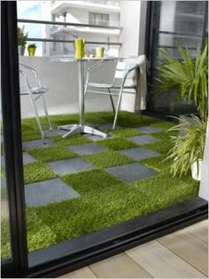 Heck yes this would be cheap and look awesome turn that ugly apt balcony into a mini back yard